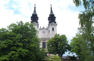 Photo of the gothic church at Postlingberg.