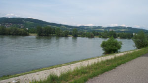 Photo of the River Danube in Linz.